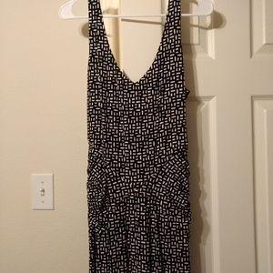 Deep V neck maternity maxi dress